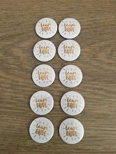 "10 X HEN PARTY NIGHT GOLD BADGES 1""/ 25mm BRIDE BRIDESMAID WEDDING TEAM BRIDE"