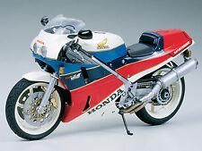 Tamiya 1/12 Honda VFR750R model kit # 14057