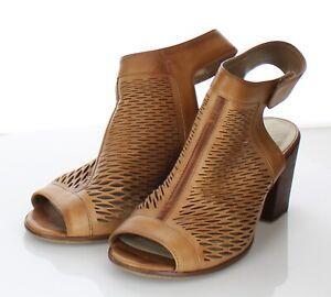 20-55 Women's Sz 6.5 M Vince Camuto Leather Heel Sandal In Tan