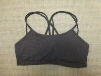 Lucy women's gray stretch padded criss cross-back sports bra Sz M