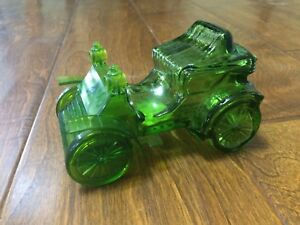 Vtg AVON HAYNES-APPERSON 1902 TAI WINDS After Shave Car Green Decanter 4.5 empty