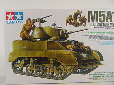 US Panzer M5A1 mit Soldaten - Tamiya Panzer Bausatz 1:35 - 35313  #E