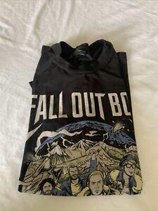 "Fall Out Boy ""Wintour Is Coming"" 2016 Concert Tour T-Shirt Size Large Black"