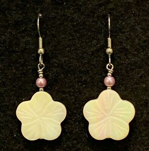 FLOWER SHELL BEAD Earrings Stainless Hook New Hand made Dangle White Lilac MOP