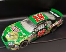 SHREK RACE CAR aCTION  #18 Interstate Batteries / Shrek 2 2004 Monte Carlo 1:64