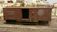 Athearn BB Southern Ry 40' DS Wood Boxcar, Upgraded, Exc