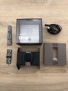 Pebble Time Steel with box, charging cable and 2 French Bull bands