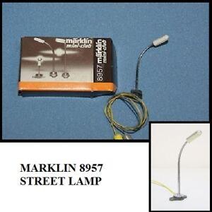 RICAMBIO PER MARKLIN 8957 LAMPIONE STRADALE 10 V IN SCALA Z IN SCATOLA ORIGINALE