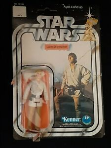 Star Wars Kenner 1977 Luke Skywalker Figure w/Card & Bubble