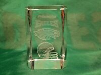 Philadelphia Eagles NFL 3D Etched Cube Paper Weight with Gift Box !