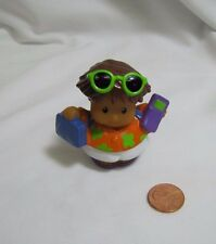 Fisher Price Little People TOURIST VACATION BOY Suitcase Phone Sunglasses Rare!