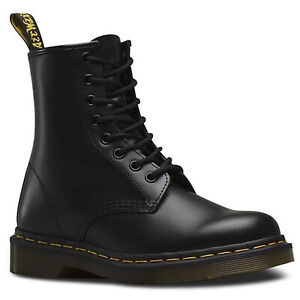 Dr. Martens Unisex 1460 8 Lace Up Leather Boots Shoes Doc Martins - Smooth