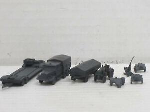 Militärfahrzeuge aus Weißmetall, o.OVP, Skytrex/Mercator, ca. 1:200/220, Set 23