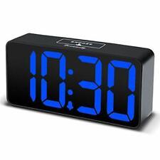DreamSky Compact Digital Alarm Clock Usb Port Charging Adjustable Brightness