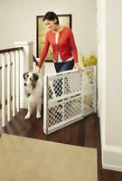 """North States Supergate III Classic Baby and Child Safety Pet Gate, 26"""" Tall"""