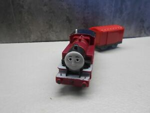 tomy trackmaster thomas the tank engine battery train LMS Arthur and coach