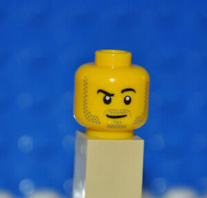 LEGO PARTS 1X MINIFIGURE HEAD/MALE/BEARD STUBBLE/RAISED RIGHT EYEBROW/SMIRK AO