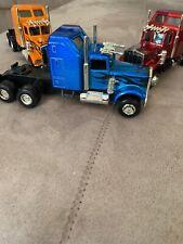 Soniic tractor w/ flames. 10 Wheeler 3 Pc Set
