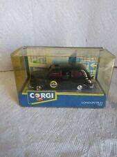 "CORGI C425/3 London Austin FX4 ""Radio Taxis"" Taxi Cab M/B NEW!!"