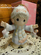 """Precious Moments~ORNAMENT~117784~Dated 2004~""""S'Mitten With The Christmas Spirit"""