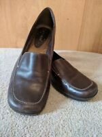 Nine west 7.5 Shoes Flats Slip On Loafer Driving Brown Career Casual Comfort B3