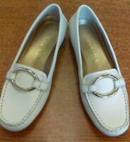 Anne Klein i flex white Sz 6.5 loafers