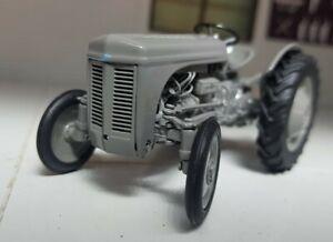 1:3 2 Maßstab Klassisch 1947 Grau Ferguson TEA20 20 Traktor Modell Kopie Boxed