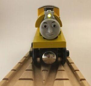 Thomas Wooden Railway Proteus NR MINT Vintage Light BATTERIES Train Set Engine