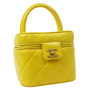 CHANEL Heart Mirror Cosmetic Vanity Hand Bag Purse Yellow Patent A43936j