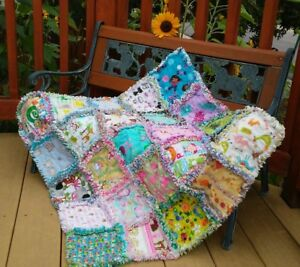 Rag quilt I spy  throw~girl~25 interesting prints all flannel  handmade USA #72g