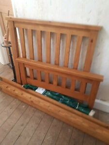 Single bed. Slatted shaker style. Antique pine. Good condition.
