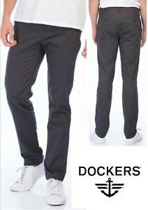 Dockers by Levi's Men's Olive Clean Khaki Pants / Trouser, Athletic Fit - 0005
