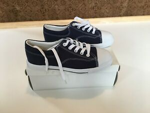 BRAND NEW Hanna Andersson Navy Canvas Sneaker Size 4