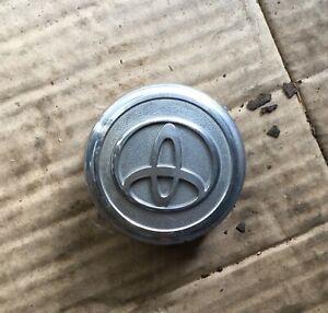Toyota RAV4 alloy Wheel centre caps