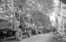 6x4 Photo ww718 Normandy D-Day Gold Beach Ver Sur Mer King Convoy Vehicle s RAF