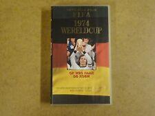 VHS VIDEO CASSETTE VOETBAL / OFFICIELE FILM FIFA 1974 WERELDCUP DUITSLAND