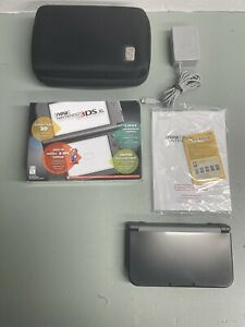 """✅""""New"""" Nintendo 3DS XL Gray/Black + Charger, case & 2 Styluses! Great Condition!"""