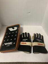 VINTAGE VIC USA SKATE GM 507 Pro Hockey Waffle Goalie Blocker PAD Right Hand