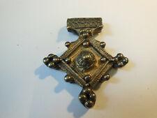 Amulette Bijou  pendentif Afrique Ethnique  en argent sans titrage 1960