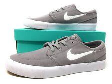 Nike SB Zoom Janoski RM Mens Skateboarding Grey/White Suede Size 11 (AQ7475 002)