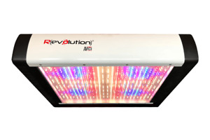 Revolution Micro Avinci LED light