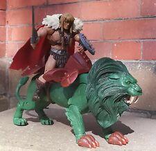 MOTU CLASSICS HE MAN  BATTLE LION WITH KING GRAYSKULL