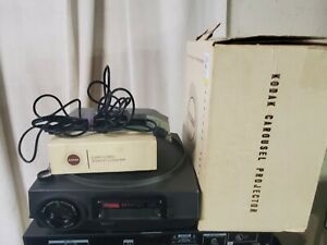 VINTAGE KODAK CAROUSEL 750 Projector W/Original Box & Remote
