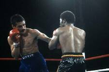 Old Boxing Photo Alexis Arguello Throws A Punch Against Aaron Pryor 1
