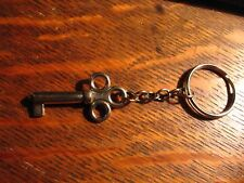 Skeleton Key Keyring - Vintage Silver Chrome Vintage Retro Skeleton Keychain