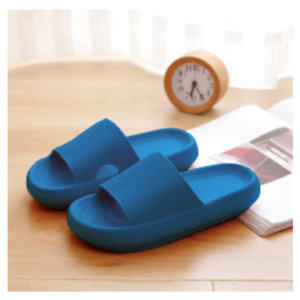 Quick-dry And Non-slip Thick Sole House Slippers Bathroom Beach Unisex Footwear
