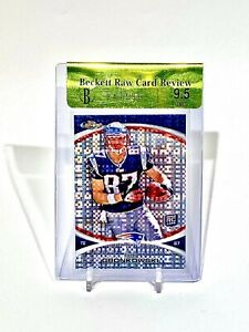 2010 Topps Finest #42 Rob Gronkowski Xfractor Rookie RC /399 BGS 9.5 Raw Review
