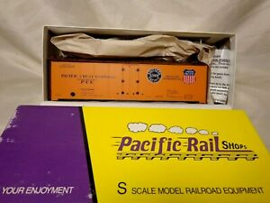 Pacific Rail Shops No. 2310.0 PFE Reefer # R-40-23 Double Herald 1947 / S (#2)