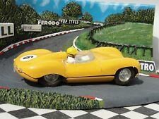 SCALEXTRIC années 1960 JAGUAR D TYPE jaune #6 C60 1:32 Slot utilisé carton
