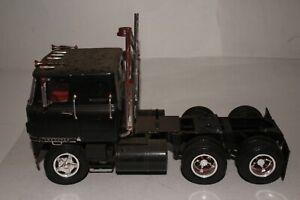 AMT MPC International Cabover Semi Truck Built Model, Original 1/24 Scale